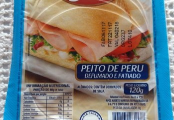 Peito de Peru Defuamdo e Fatiado Frios Sabor