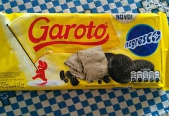Chocolate Branco com Biscoito Sabor Chocolate Negresco Garoto
