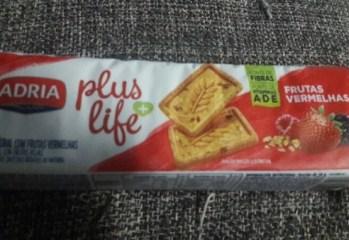 Biscoito Integral Com Frutas Vermelhas Plus Life Adria