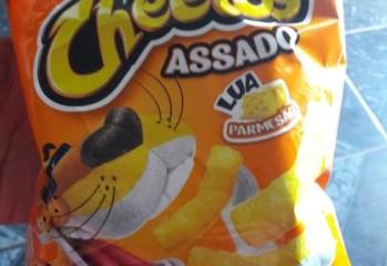 Salgadinho de Milho Cheetos Lua Parmesão Assado Elma Chips