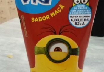 Bebida de Fruta Sabor Maçã Adoçada Vigor Vig Minions
