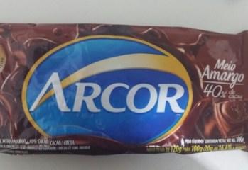 Chocolate Meio Amargo 40% Cacau Arcor