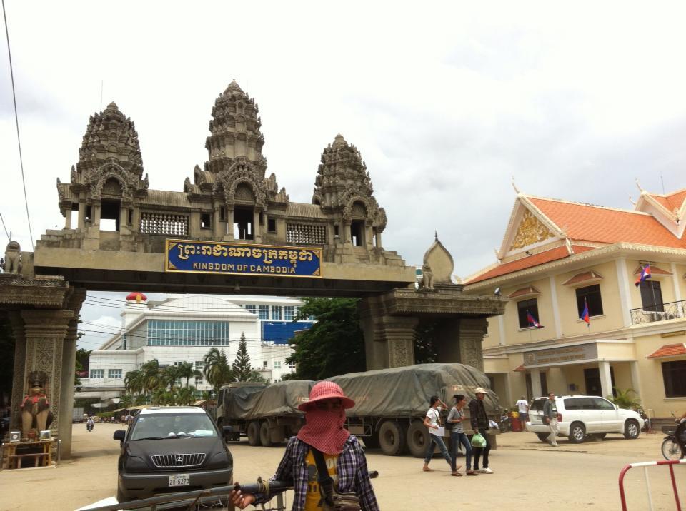 カンボジアポイペト国境