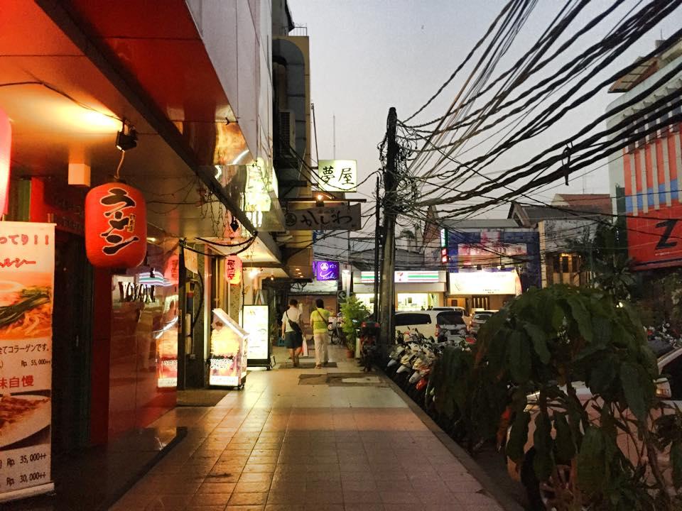 ジャカルタで在留邦人が集まるブロックM