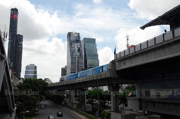 gold-line-bangkok