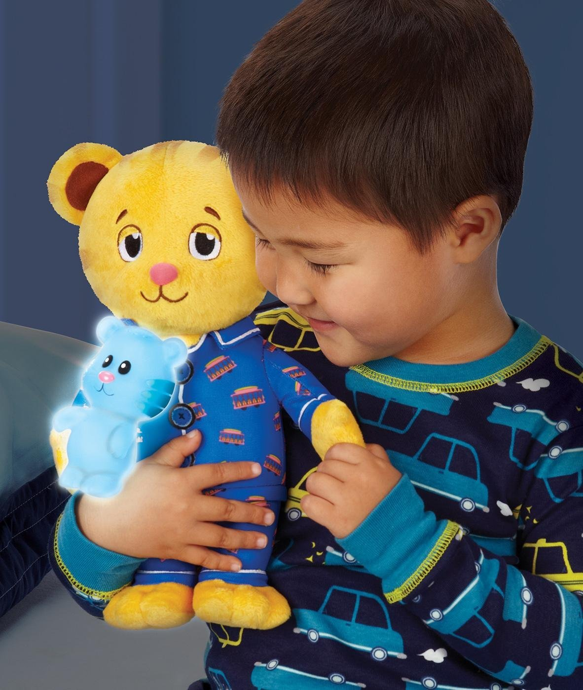 Glow Toys For Bedtime Amazon Daniel Tiger 39s Neighborhood Snuggle And Glow