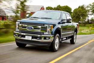 All-new 2017 Ford F-250 Lariat Crew Cab 4x4 single-rear-wheel pickup is the most popular model in the Super Duty lineup – offering a terrific combination of conventional, gooseneck and fifth-wheel towing capability and payload ratings.