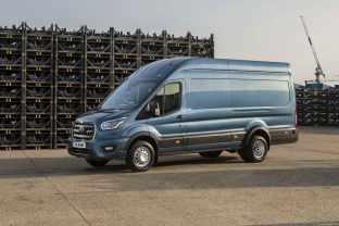2021-ford-transit-5-ton-2