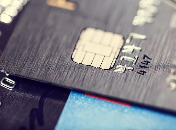 How Does the Chip in My Credit Card Work?