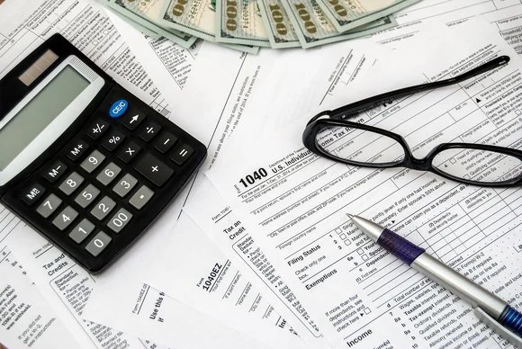 Need a Tax Extension? You\u0027ve Got 4 Days to File IRS Form 4868 -- The