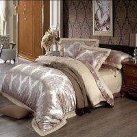 Aliexpress.com : Buy Embroider Jacquard Silk comforter ...