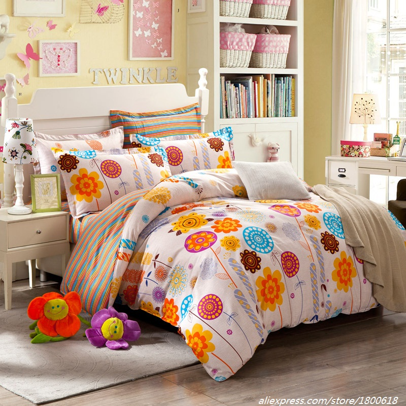 Queen Bedding Sets American Cartoon Style Flowers Bed