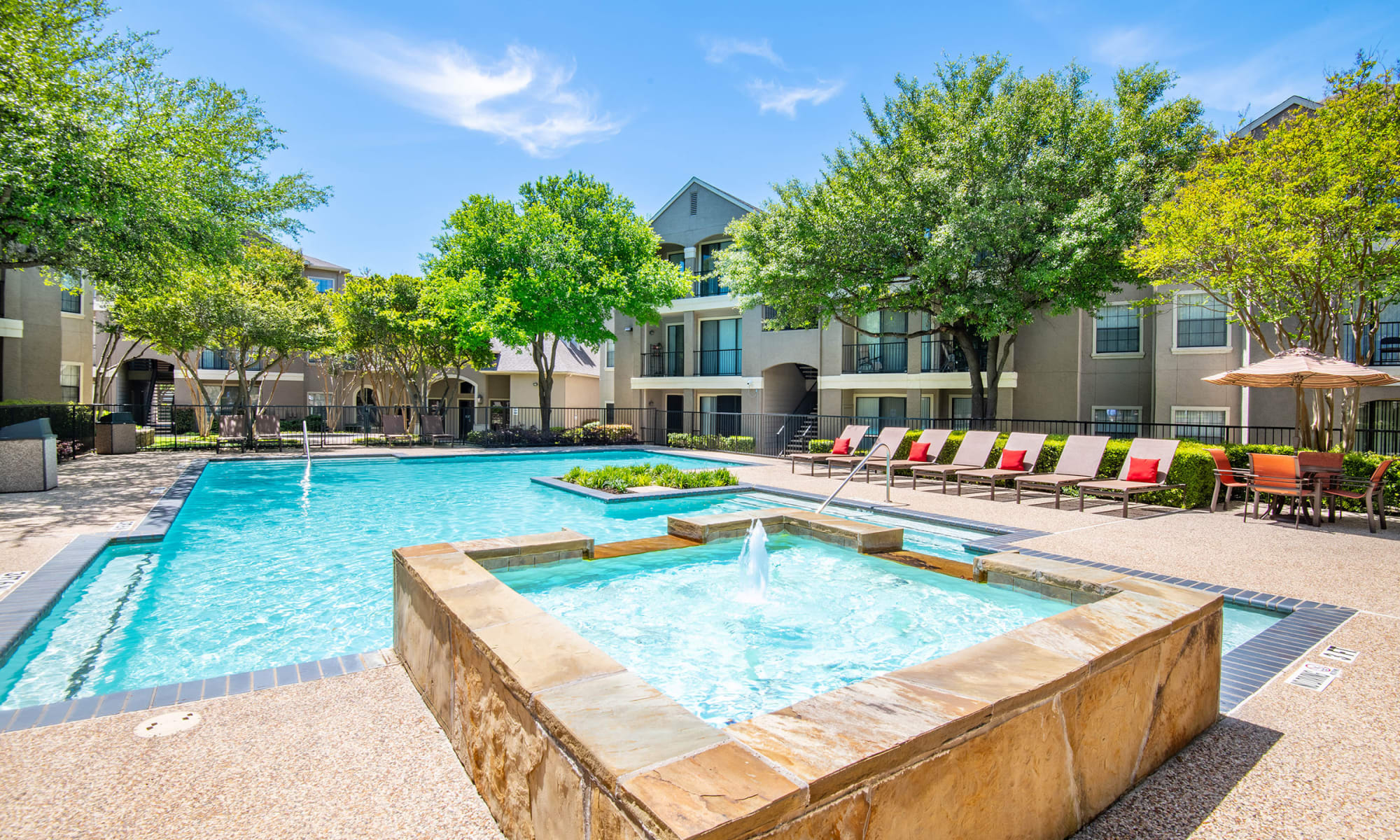 Garage Apartment For Rent In Dallas Apartments In North Dallas Tx Near Addison Briargrove At Vail