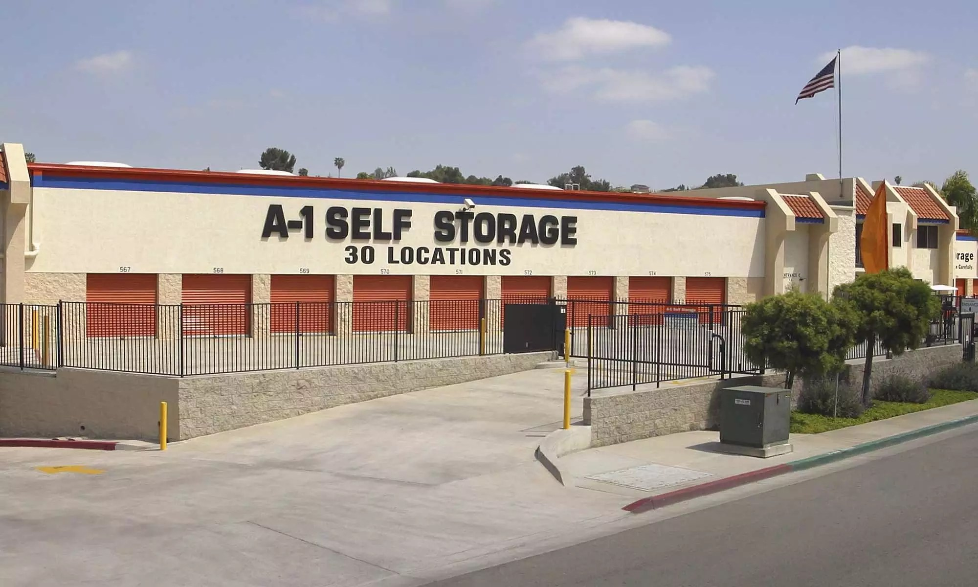 Garage Experts Of The Central Valley Self Storage San Diego California A 1 Self Storage