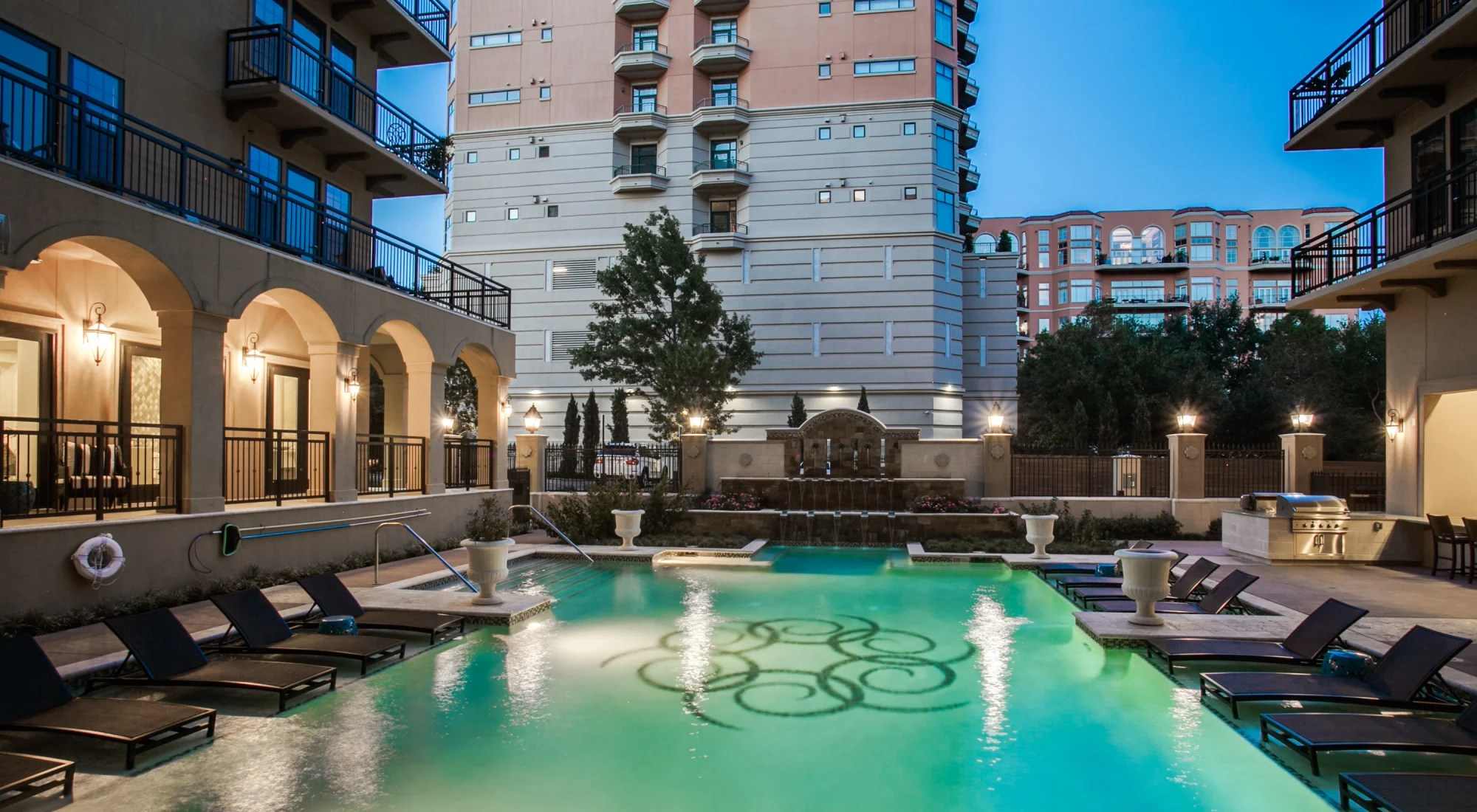Garage Apartment For Rent In Dallas Oak Lawn Dallas Tx Apartments For Rent Cantabria At Turtle Creek