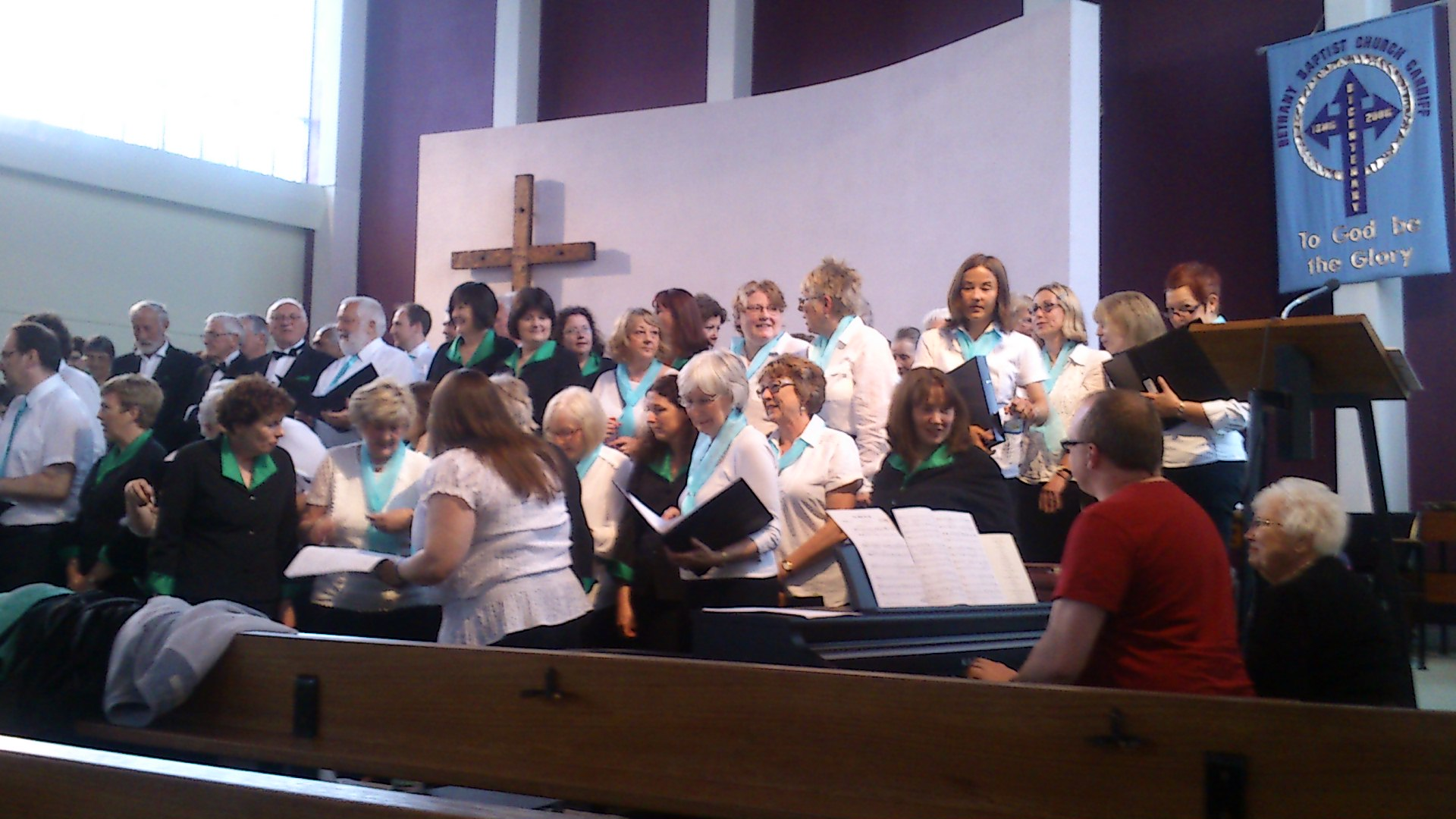 two choirs together 2