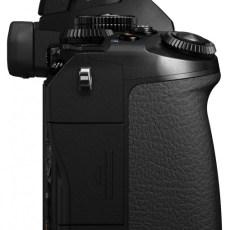 Olympus OM-D E-M1 camera connectivity