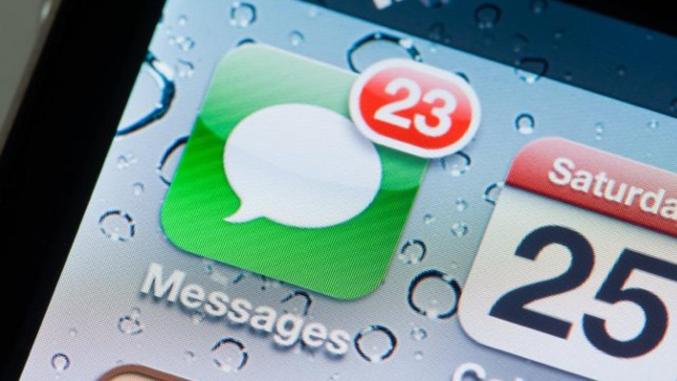 Auto Delete Old SMS Messages on iOS, Android