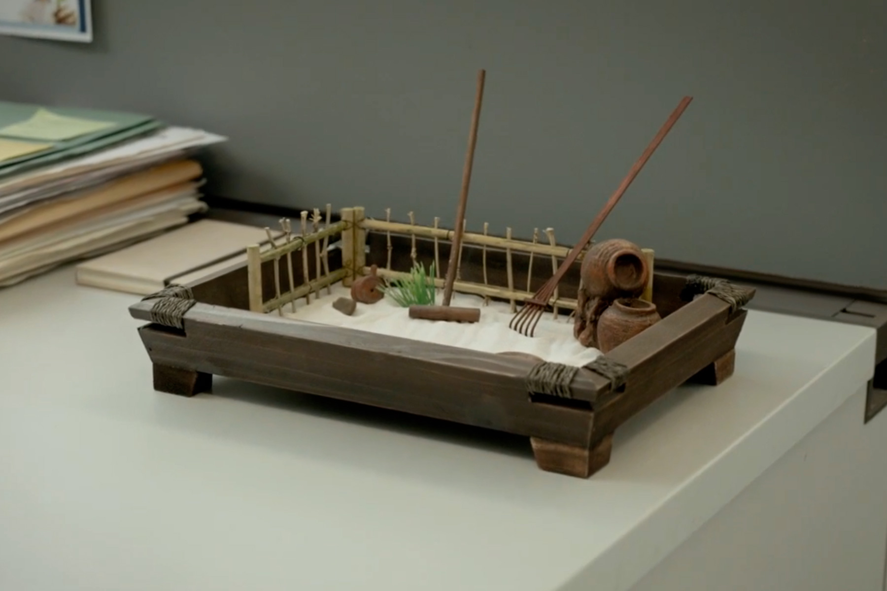 Office Zen Garden Expedia Abandoned Office Stationery Zen Garden Video