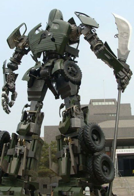 Car Transformer Live Wallpaper Mega Mecha Guan Yu Sculpture From Recycled Military Car