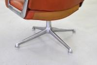 Galerie Bachmann  Lobby Chairs von Eames fr Herman Miller