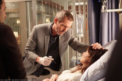 House (Hugh Laurie) és a hetibeteg (Sarah Wayne Callies)