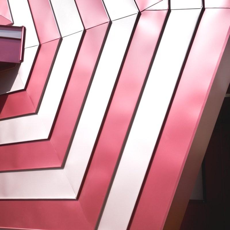 Дом похожий на леденец от дизайн-студии Moon Hoon в Корее