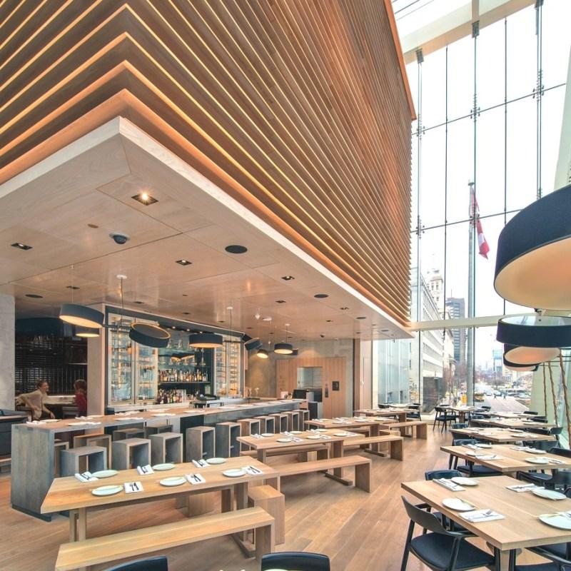 Необычный дизайн ресторана Momofuku в Торонто