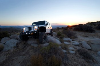 fox vehicle photo06 FOX to release two exciting new products for Jeep JK