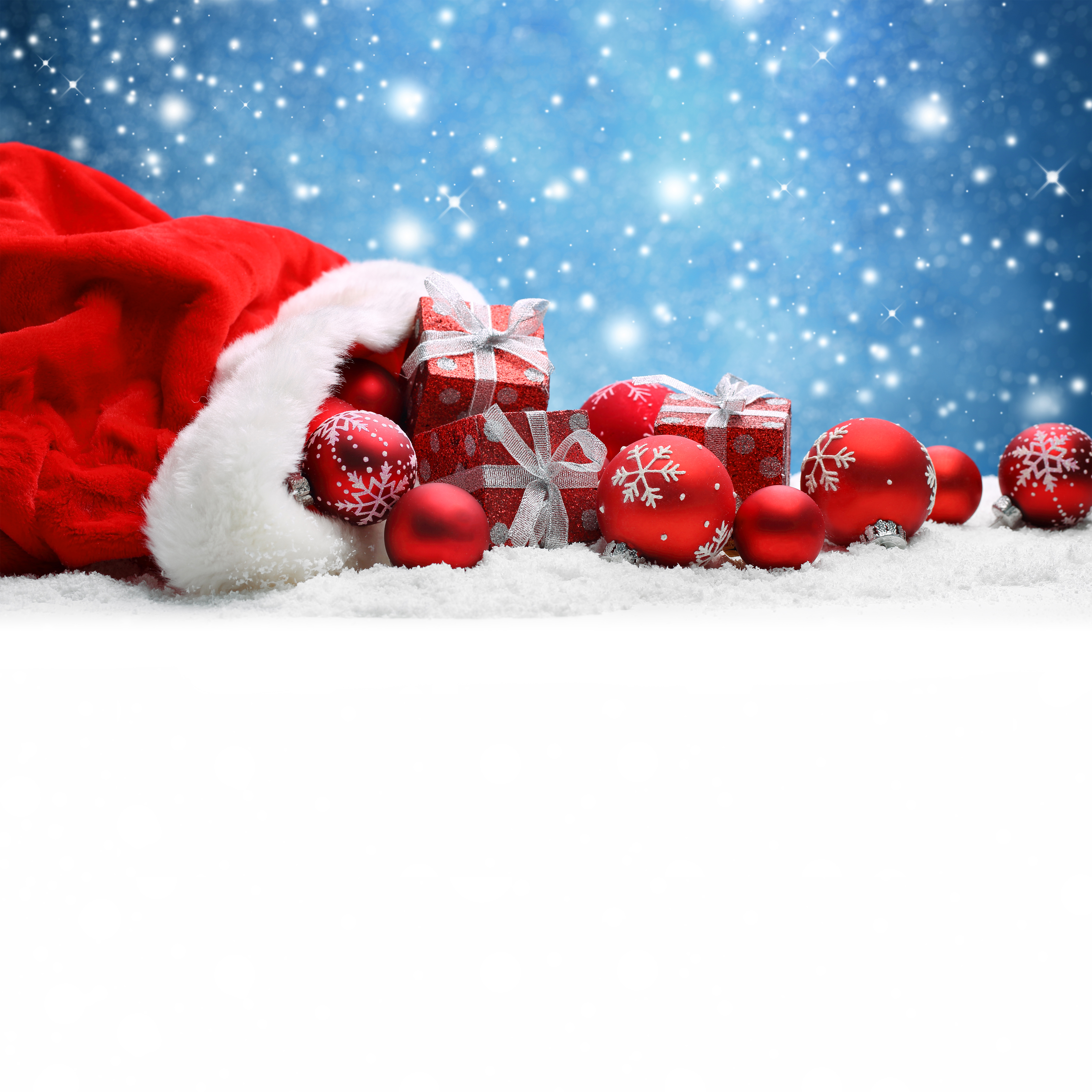 Free Falling In Love Wallpaper Snowy Christmas Background With Red Christmas Balls