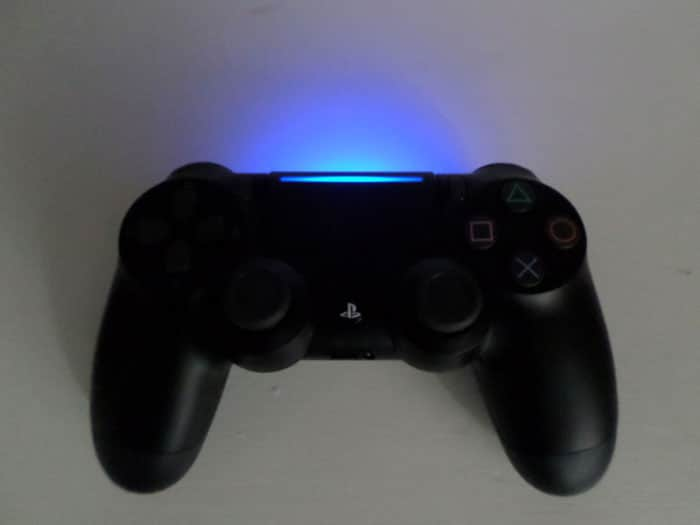Led Leiste Mit Akku Playstation 4 Slim Neuer Controller Geleaked? | Gamecontrast
