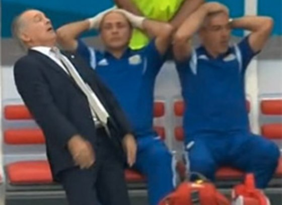 Alejandro Sabella faint fall meme