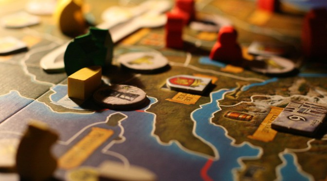 A_Game_Of_Thrones_board_game_detail-e1438106432895
