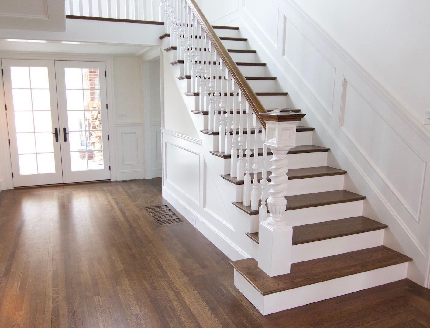 Wooden Staircase Pictures Hardwood Staircases Images And Photos Of Different Wood
