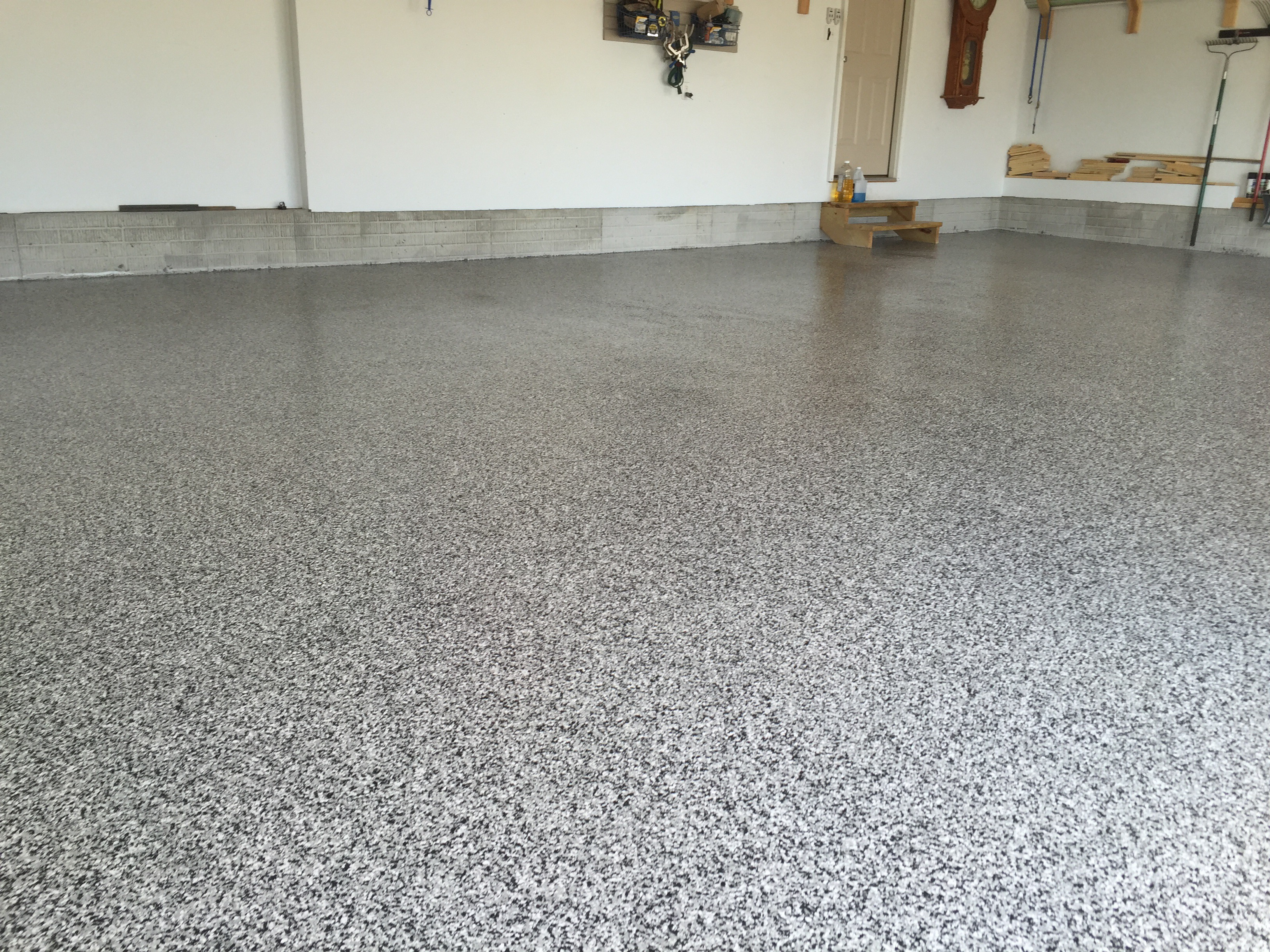 Epoxy Garage Floor Worth It Epoxy Garage Floors That Are Beautiful And Commercial Gradegarage
