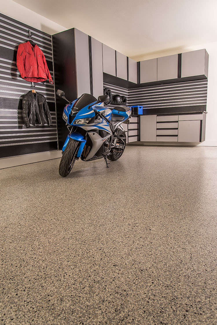 Garage Epoxy With Flakes Epoxy Garage Flooring Garageexperts