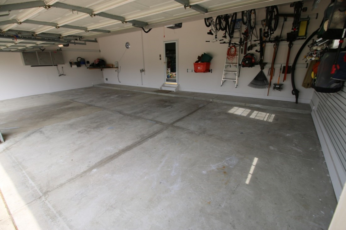 Garage Journal Bike Storage I Love My Epoxy Garage Floor From Garage Flooring Llc