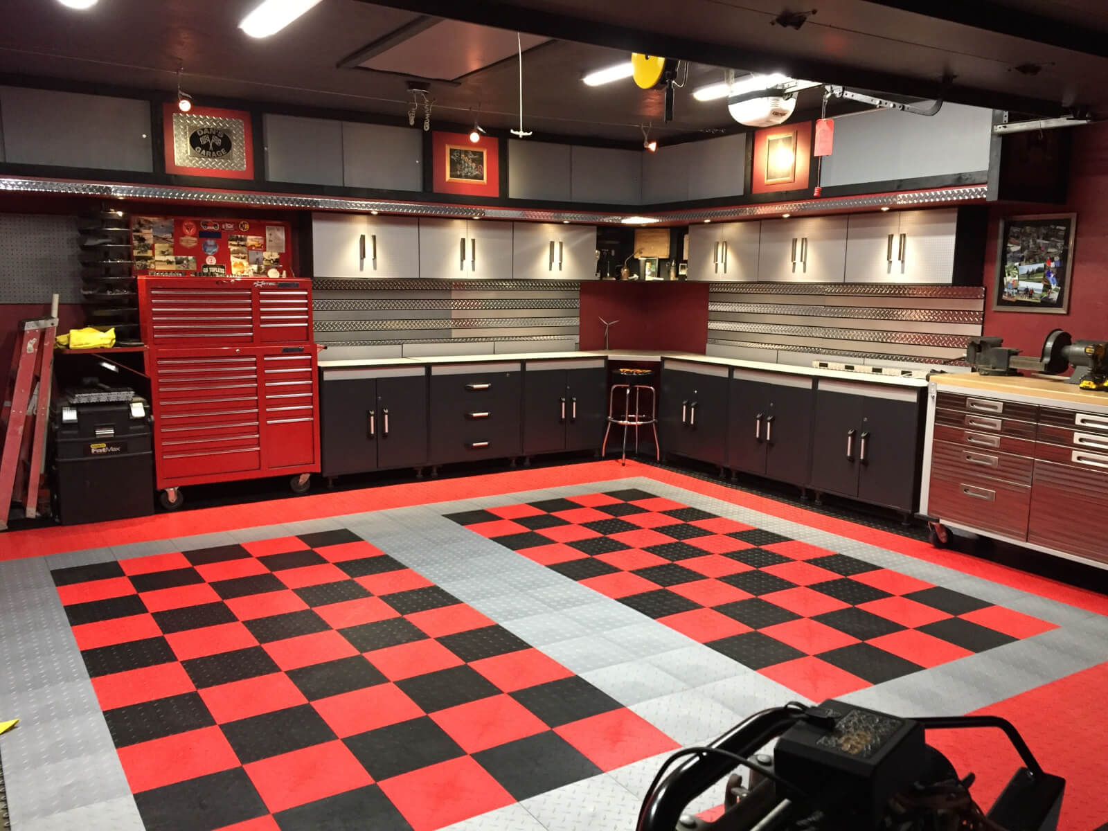 Garage Floor Tiles That Drain Dan S Black And Red Checkered Tile Garage Floor