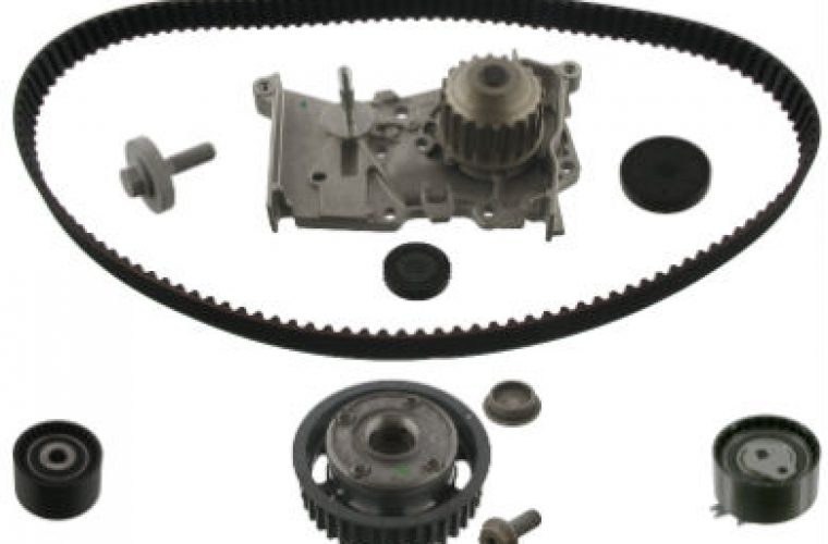 Renault 16 16V Replace camshaft gear with timing belt, techs