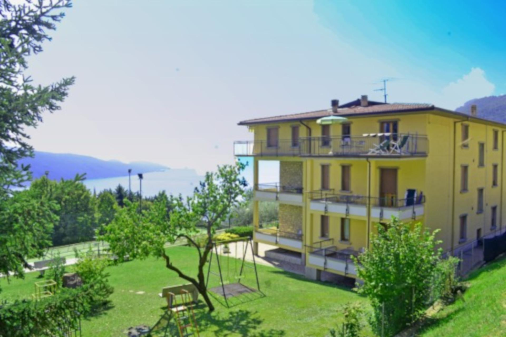 Cash Pool Italien Tignale Apartment Sabana 705 With Pool At Lake Garda In Tignale