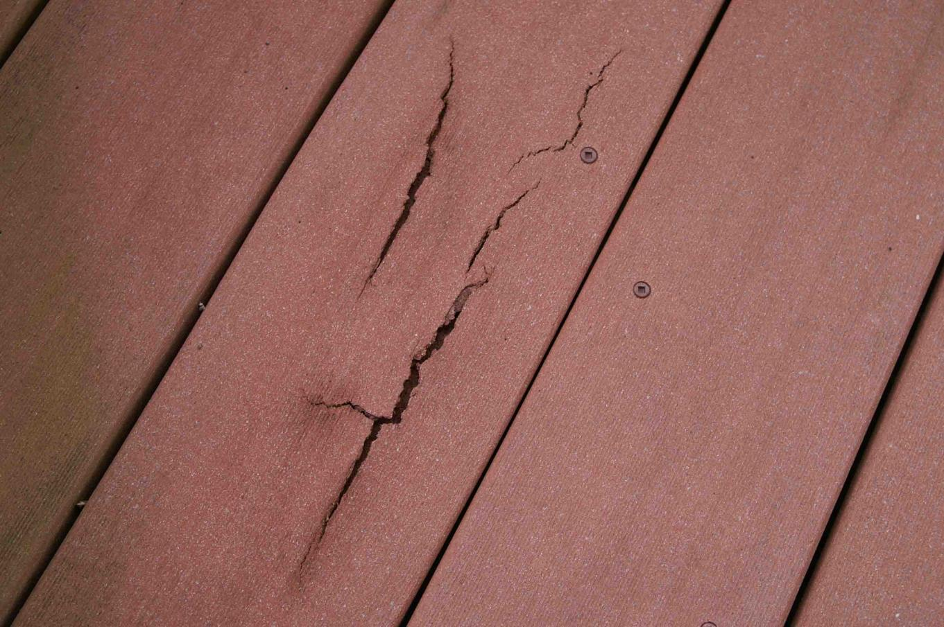 Synthetic Deck Boards The Evolution Of Composite Decking The Garden And Patio Home Guide