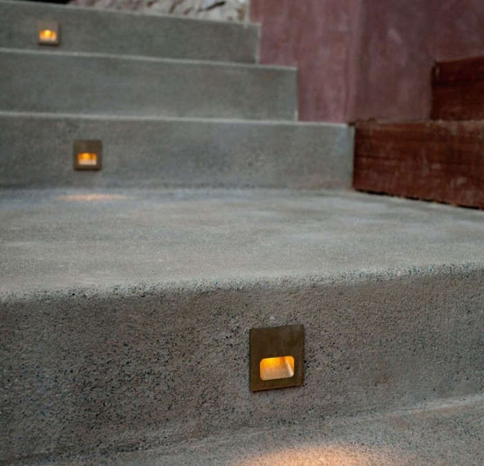 Installing Outdoor Recessed Lighting Hardscaping 101: Stairway Lighting: Gardenista
