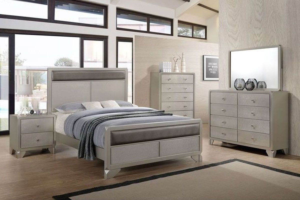 Bedroom Set Including Mattress Noviss Queen Bedroom Set At Gardner White