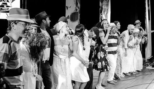 Homenagem aos 35 de Bandeira de Aço em emocionante show no Teatro Arthur Azevedo