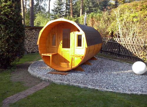 mit einer fass sauna wird ihr garten zu einer wellnessoase garten blog. Black Bedroom Furniture Sets. Home Design Ideas