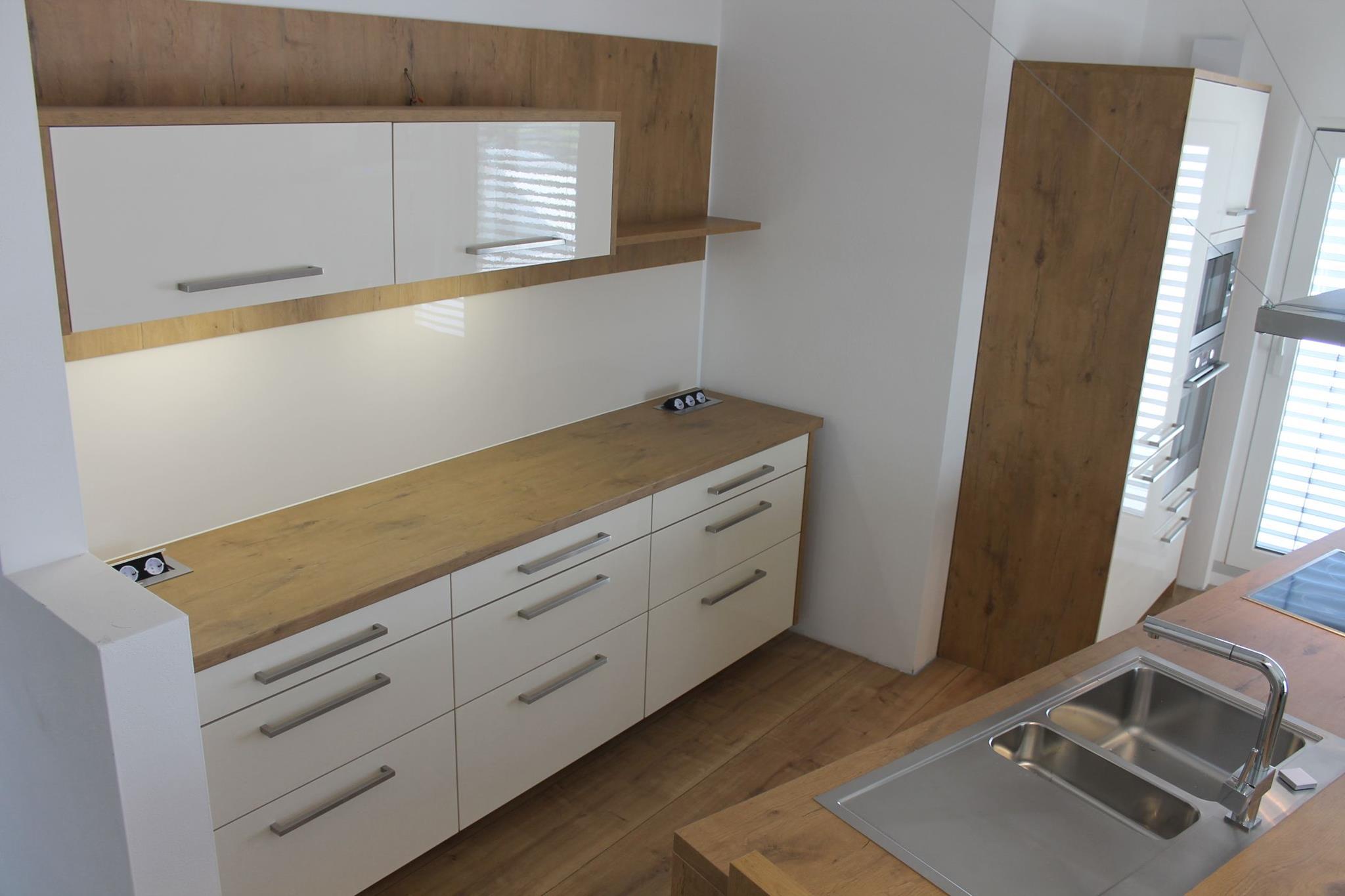 Ikea Küche Versenkbare Steckdose | Baumarkt Arbeitsplatte Dockarm