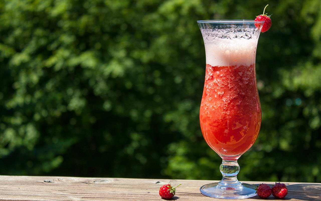 Einfache Cocktails Mit Alkohol Strawberry Garden Cocktail