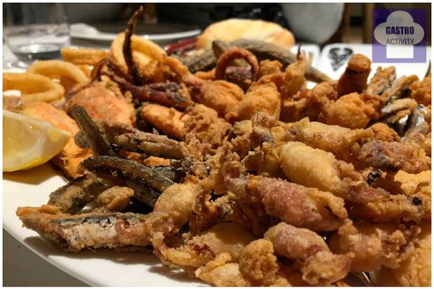 Fritura de pescado en Circulo Marisqueria Madrid