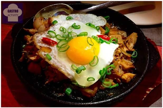 Sisig Inasal Namit Gastrobar comida filipina Madrid