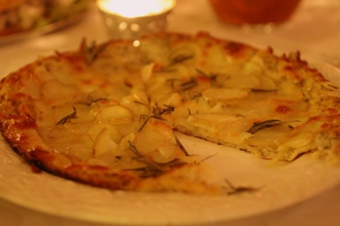 Kartoffelpizza. Jeg tog flere gange..